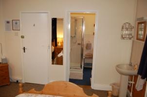 Room 6 3