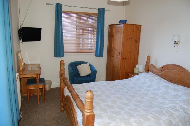Room 6 Wall TV 2